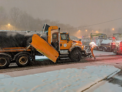 KCMO snow plow in action