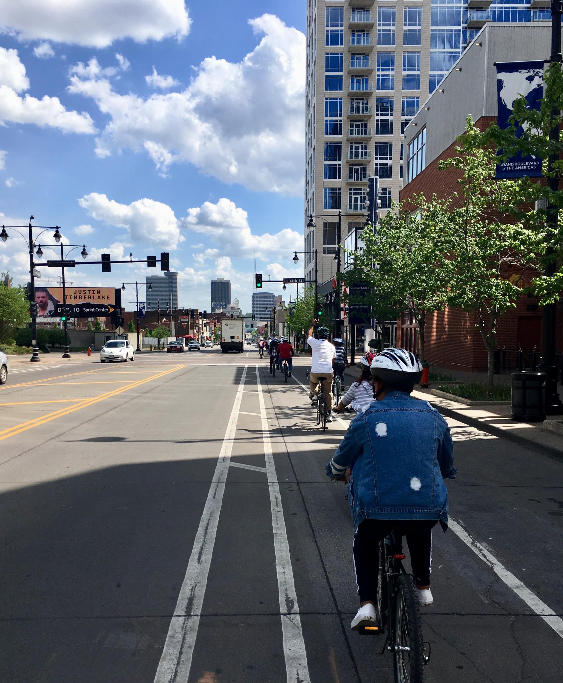 Grand Boulevard Bike Lane